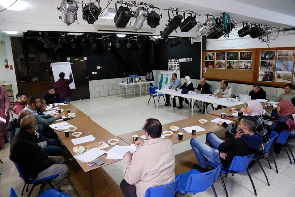 الرواد تفتتح العام 2019 بإجتماع لموظفيها وهيئتها الإدارية