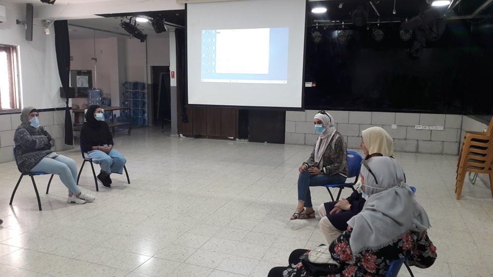الرواد تنظم لقاء توعويا بمناسبة اليوم العالمي للفتاة