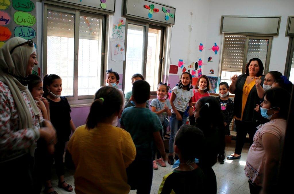 الرواد تنفذ نشاط تفريغي وألعاب ترفيهية للأطفال