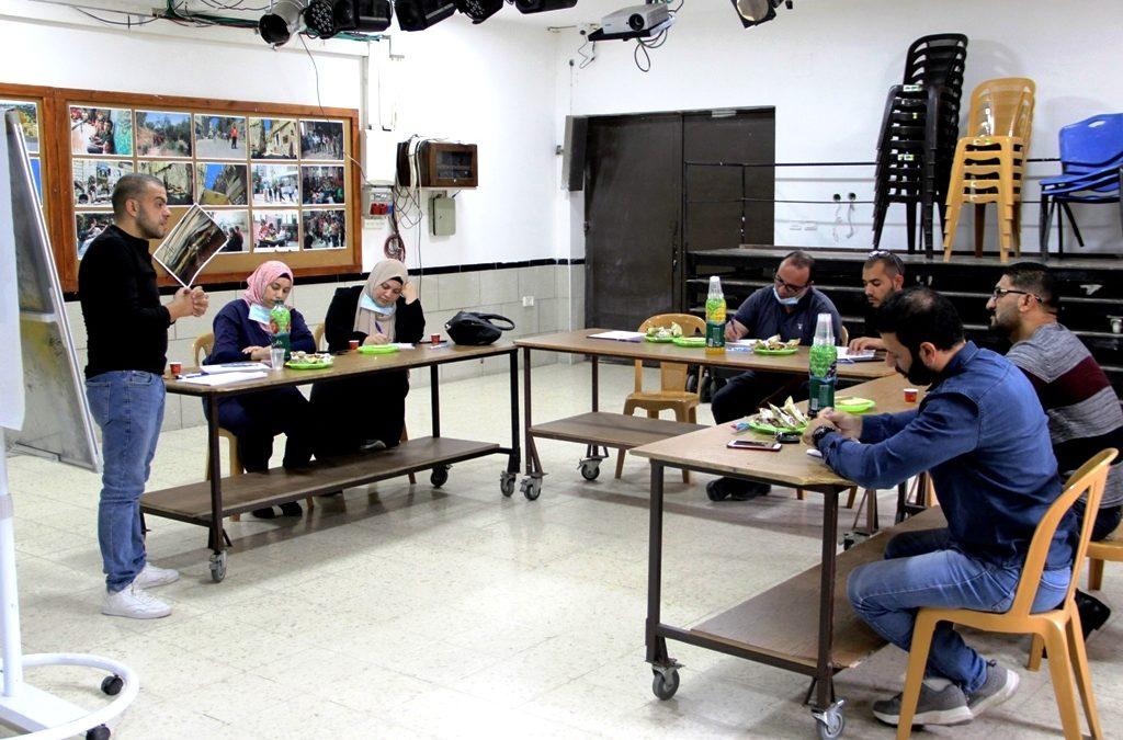 الرواد تنفذ ورشة عمل تدريبية ضمن برنامج الاستثمار في حقوق الإنسان.