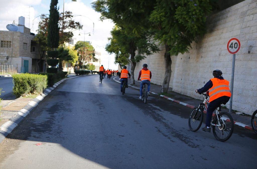 الرواد تشارك في فعاليات فلسطين ع البسكليت