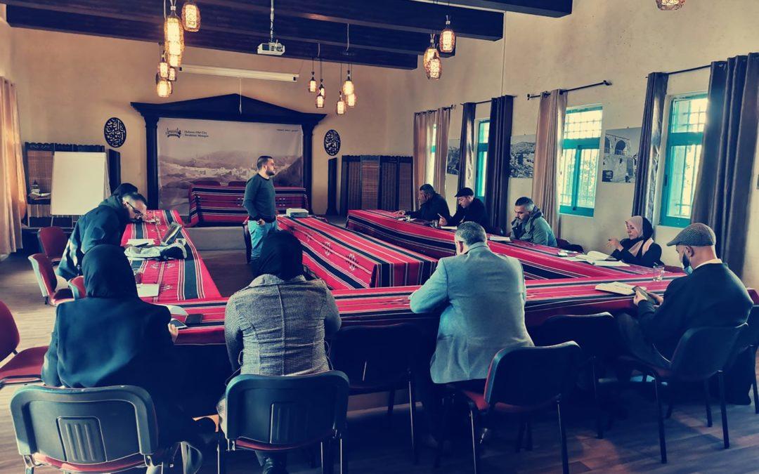 الرواد تواصل ورشات التدريب ضمن برنامج الإستثمار في حقوق الإنسان في مدينة الخليل