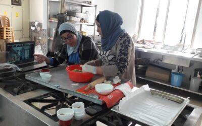 برنامج تعليم طهي المأكولات في الرواد يقدم طريقة عمل المقروط