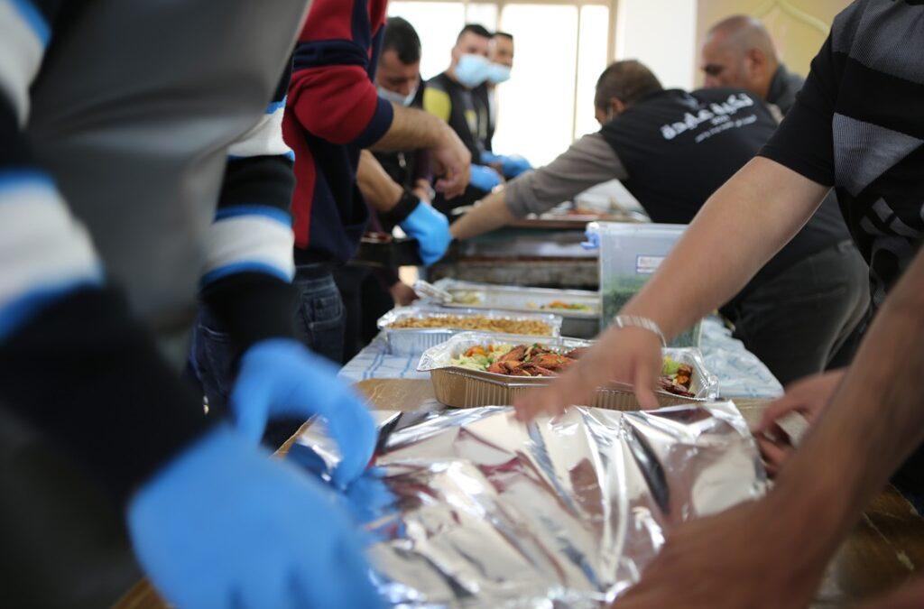 تكية عايدة وزعت أكثر من 4500 وجبة إفطار في الأسبوع الأول من شهر رمضان.