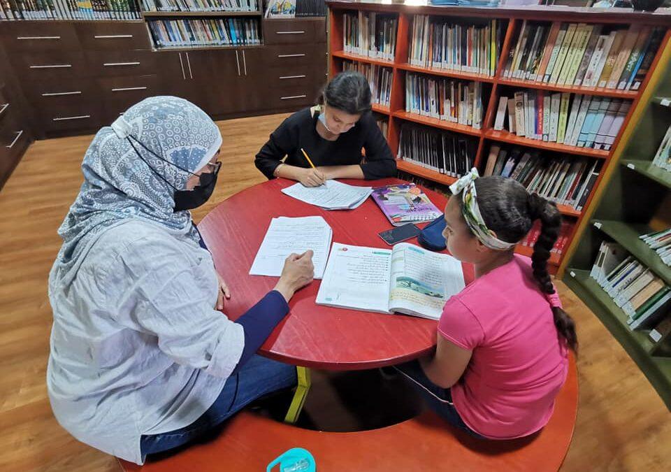 الرواد تقدم لقاءات التعليم المساند للأطفال ختاما للعام الدراسي