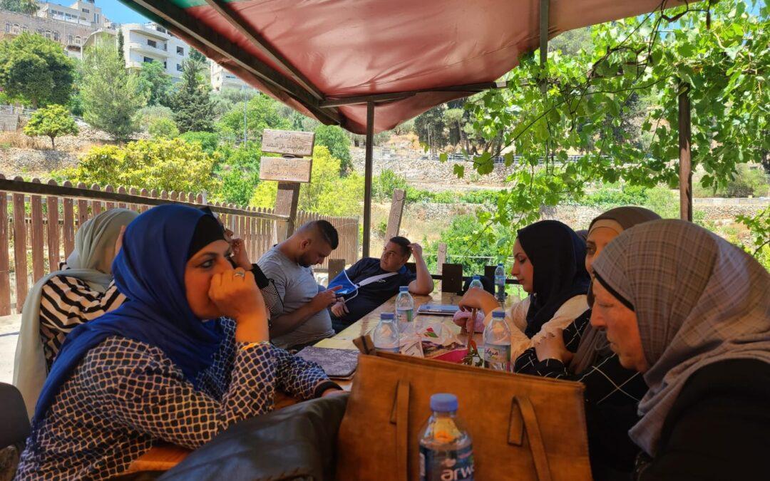 الرواد تختتم فعاليات مخيمها النسوي الاول